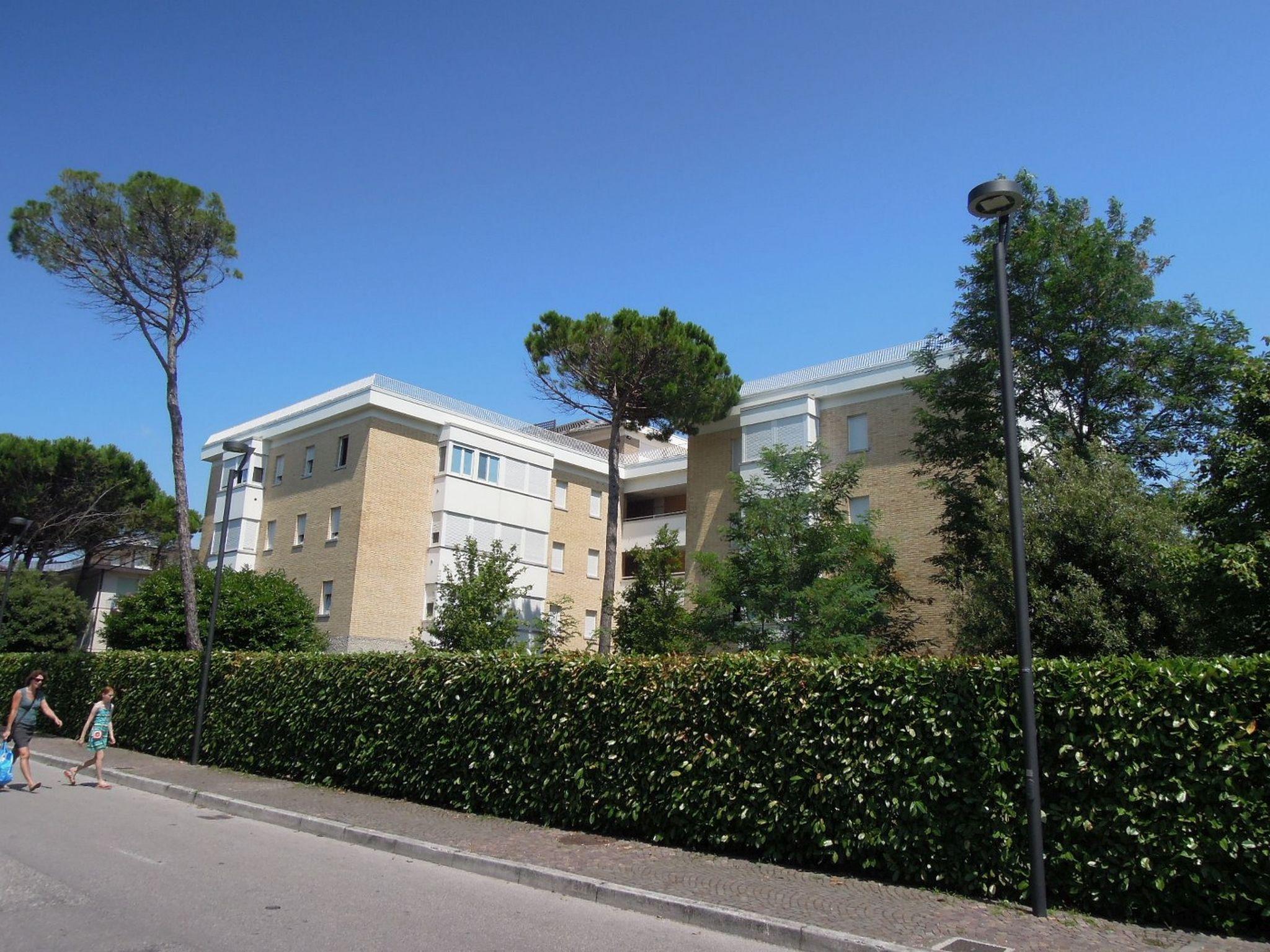 Ferienwohnung Residenz Pineda - Wohnung Tipo B1 AGMC (2989) (2807105), Bibione, Adriaküste (Venetien), Venetien, Italien, Bild 2